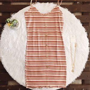 Love Tree Dresses - Midi dress ✨✨